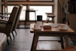 喫茶店とカフェの違いは?喫茶店の特徴をおさえてデザインを決めよう